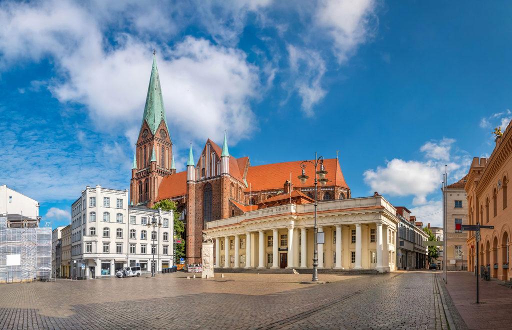 Haartransplantation in Schwerin